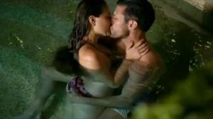 pool kissing